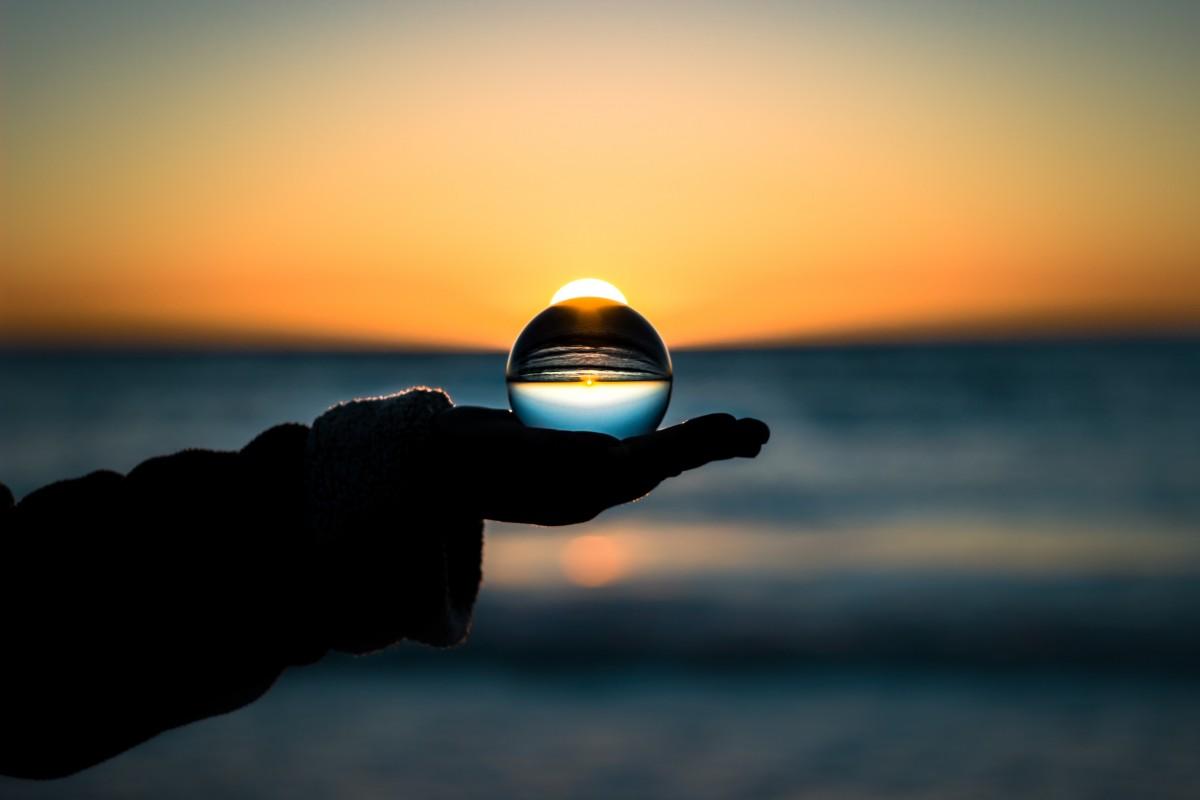 mindfulness-eric-didier-245518.jpg image